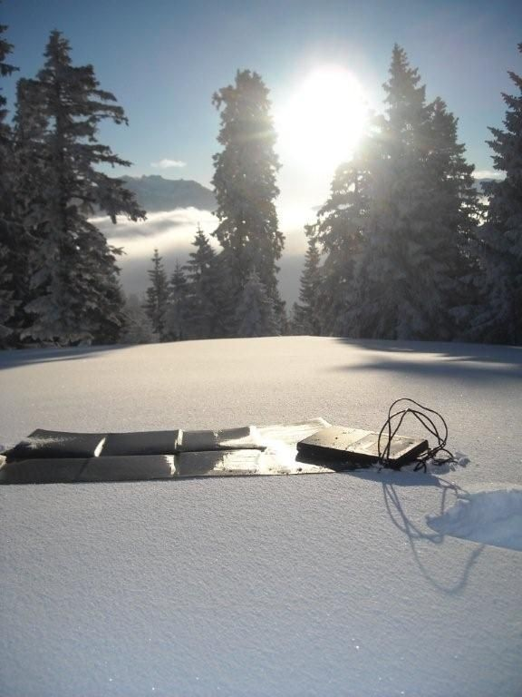 sunload_solar_charger_set_30wp_schwarz_mit_m60_-_art.301.140.7-a-4_3